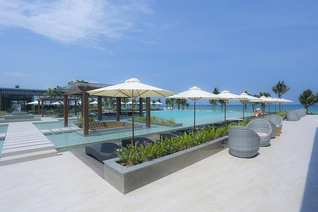 """FLC Quy Nhơn Beach & Golf Resort được ví như """"Maldives Việt Nam"""""""