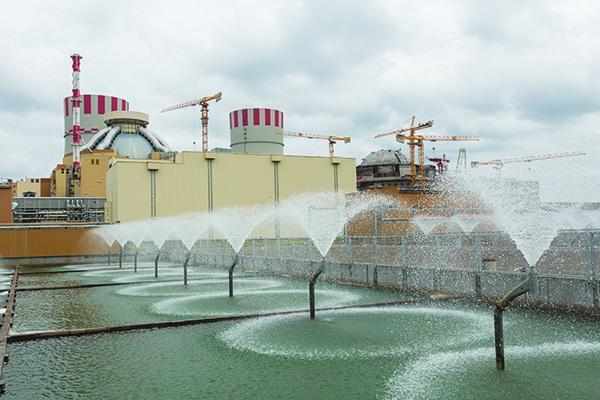Hình ảnh bên ngoài của tổ máy số 6 của nhà máy điện hạt nhân Novovoronezh