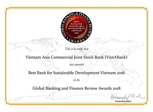 """VietABank đạt """"cú đúp"""" giải thưởng và những bước tiến mạnh mẽ - 3"""