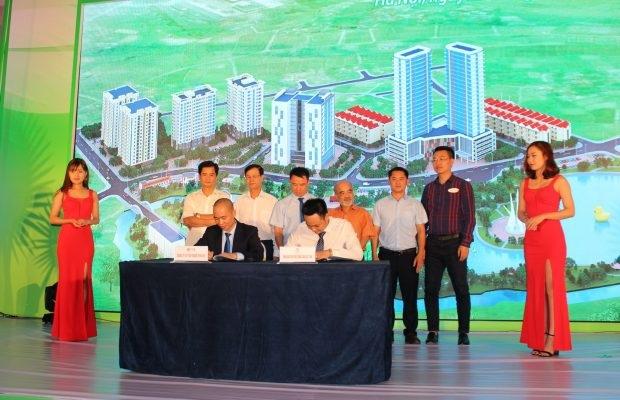 Ông Nguyễn Mạnh Hà, Chủ tịch Hội Môi giới Bất động sản Việt Nam phát biểu tại Hội thảo