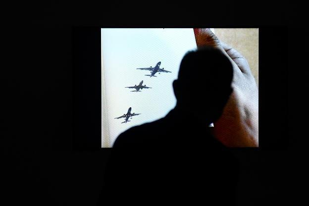 Video art của Hiraki Sawa: Lời gọi mời khó cưỡng từ cõi siêu thực - 2