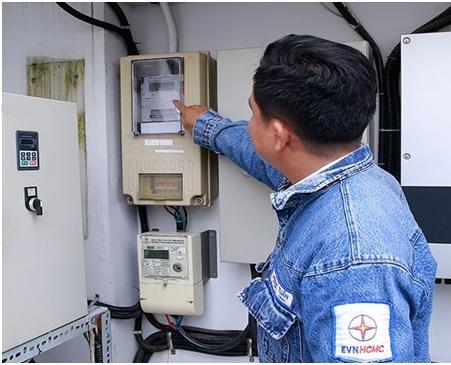 Thành Phố Hồ Chí Minh đi đầu triển khai lắp đặt điện kế 2 chiều cho người dân