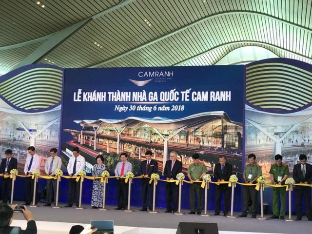 Lễ khánh thành Nhà ga Quốc tế Cam Ranh đạt tiêu chuẩn 4 sao của SKYTRAX