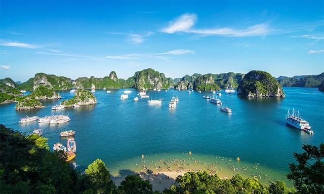 Hạ Long là điểm đến hấp dẫn của khách du lịch trong nước và Quốc tế