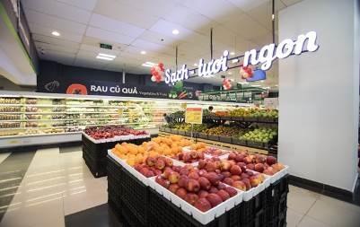 Không gian mua sắm của VinMart mới mang phong cách hiện đại và tiện lợi hơn cho khách hàng.