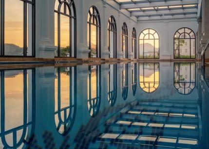 Bể bơi bốn mùa, hệ thống phòng GYM hiện đại hay những dịch vụ Spa tinh tế sẽ mang tới cảm giác thư giãn, chăm sóc sức khỏe và nạp đầy năng lượng cho du khách trong kỳ nghỉ dài