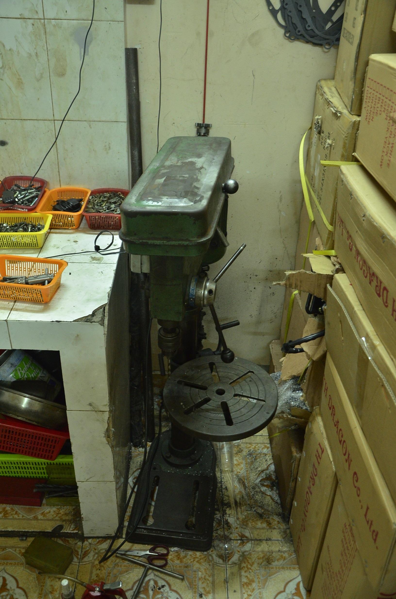 Máy móc dùng để sản xuất, cũng như lắp ráp xe máy