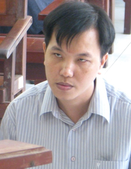 Nguyên Điều tra viên Triệu Tuấn Hưng lĩnh án phạt 2 năm tù.