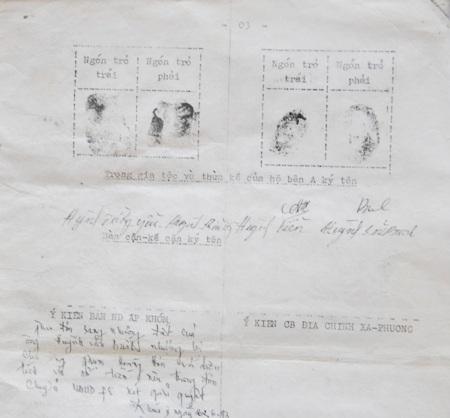 Theo ông Viễn, chữ ký và dấu vân tay trong giấy tờ này là cắt ghép.
