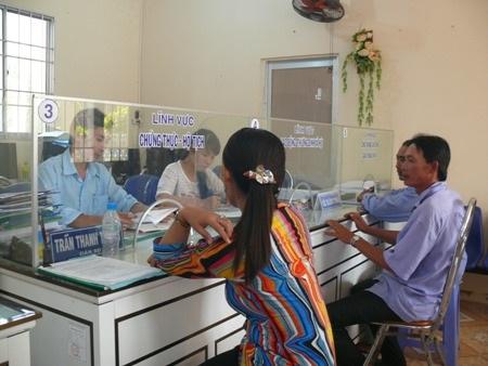 Để tụt hạng chỉ số cải cách hành chính, Chủ tịch tỉnh Cà Mau yêu cầu các cơ quan, đơn vị chấn chỉnh để cải thiện tình hình. (Ảnh minh họa).