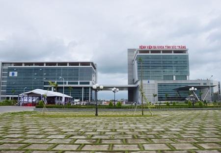 Bệnh viện Đa khoa tỉnh Sóc Trăng vừa đưa vào sử dụng sau khi chậm tiến độ 2 năm.