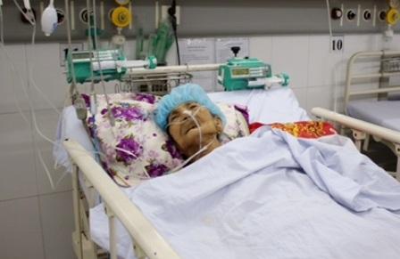 Mẹ Kẹo đã được các bác sĩ Bệnh viện Quận Thủ Đức nỗ lực cứu sống