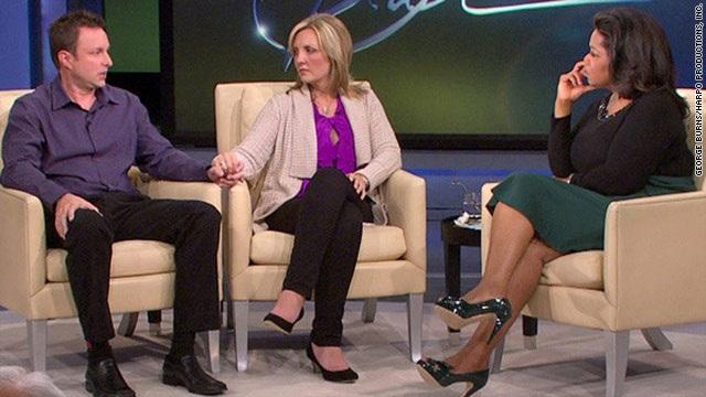Hai vợ chồng anh chị Chris – Lori từng chia sẻ câu chuyện bi kịch gia đình trên truyền hình Mỹ