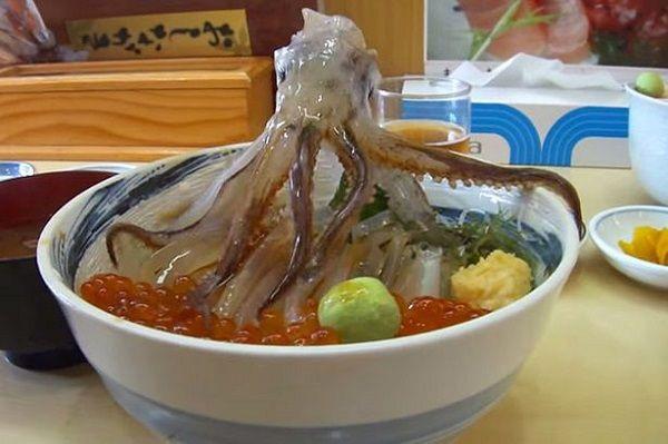 """Những món đặc sản Nhật Bản khiến thực khách phải """"lè lưỡi"""" - 1"""