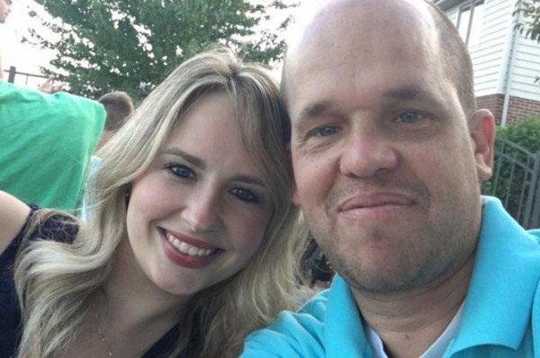 Sau cuộc phẫu thuật thành công, họ đã hẹn hò