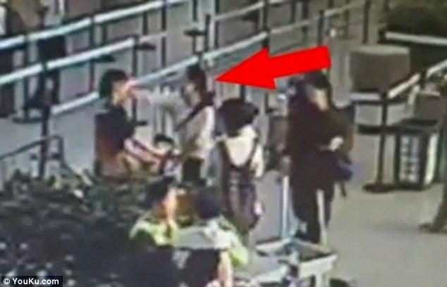 Hình ảnh chụp từ đoạn clip