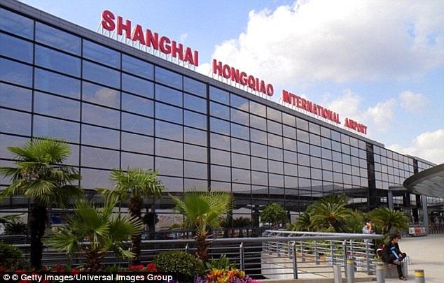 Sự cố kể trên xảy ra tại sân bay quốc tế Hồng Kiều, Thượng Hải