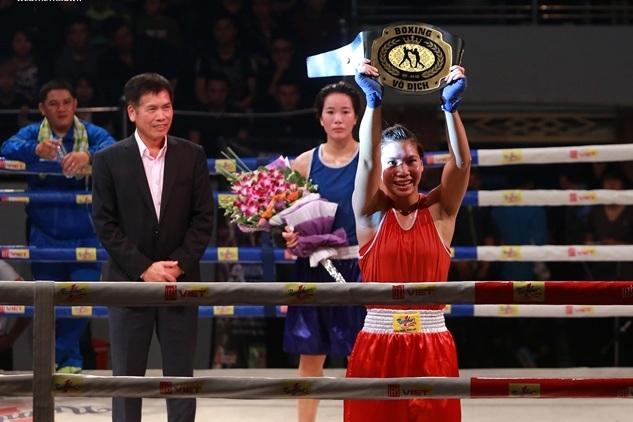 Hà Thị Linh gây sốc khi đánh bại Lừu Thị Duyên ở hạng cân 60kg nữ, môn boxing