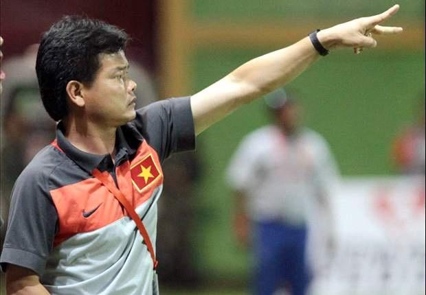 HLV Nguyễn Văn Sỹ nhận định đội tuyển Việt Nam sẽ thắng Myanmar