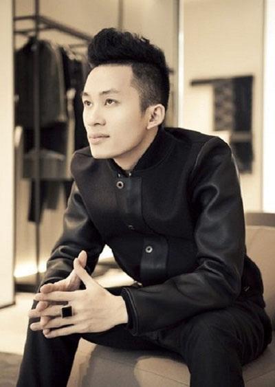 Ca sĩ Tùng Dương nói, nền âm nhạc Việt Nam phải cảm ơn nhạc sĩ Quốc Trung khi tổ chức Lễ hội âm nhạc Gió mùa.