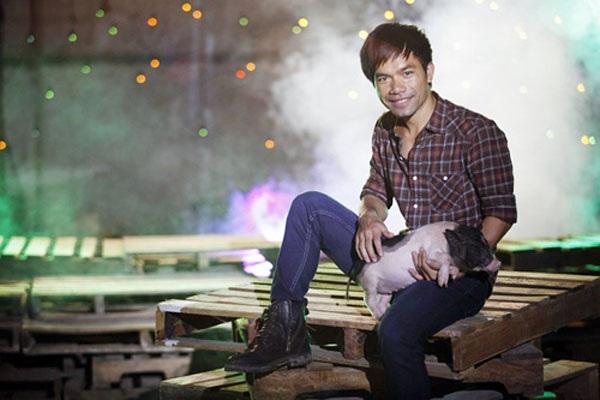 Sau khi giành ngôi quán quân Thần tượng âm nhạc 2012, Yasuy về quê... nuôi lợn, trồng cà phê...