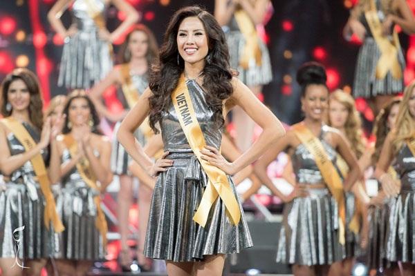 Nguyễn Thị Loan đầy tự tin tại cuộc thi Hoa hậu Hòa bình Quốc tế 2016.
