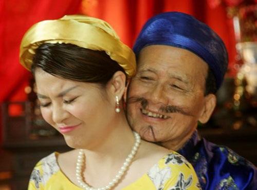 NSƯT Phạm Bằng và Kim Oanh trong một vở diễn.