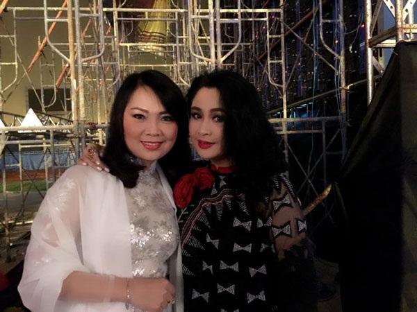 Từ ngày tham gia nhóm nhạc Bồ Câu Trắng đến bây giờ, Thái Bảo và Thanh Lam vẫn luôn giữ mối quan hệ chị em thân thiết.
