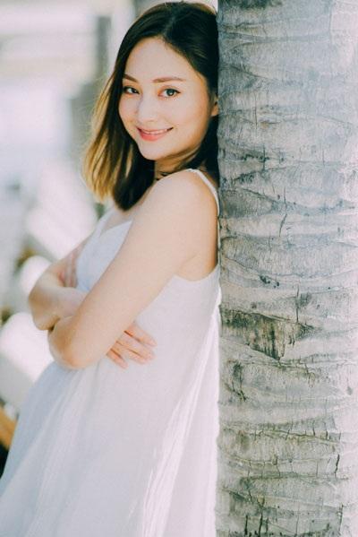 Lan Phương được khán giả nhớ đến nhiều kể từ vai diễn Mai Lan xinh đẹp, mái tóc xoăn bồng bềnh và tính cách mâu thuẫn trong bộ phim Cô gái xấu xí.
