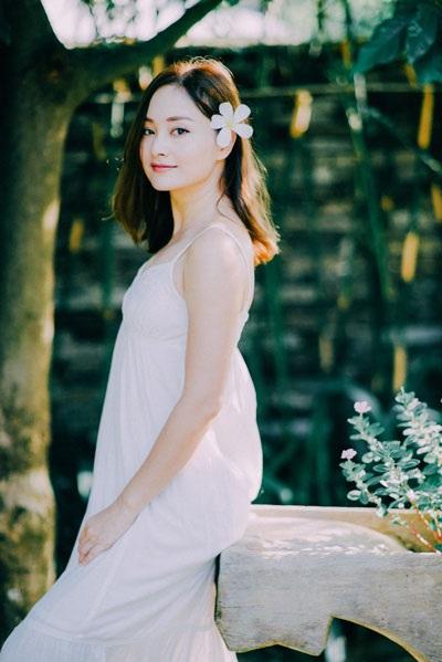 Diễn viên Lan Phương khoe vẻ đẹp vừa trong trẻo vừa quyến rũ - 3