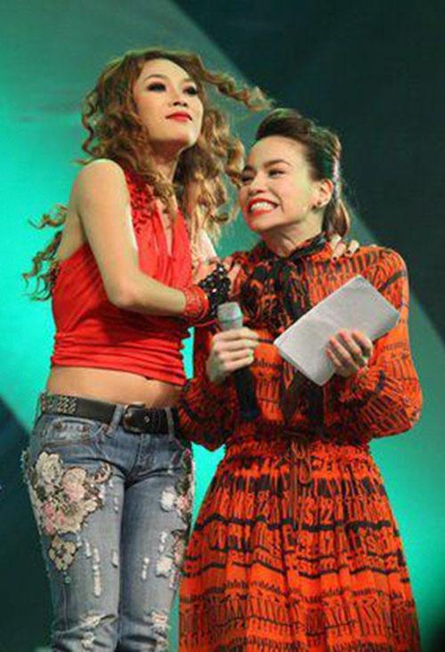 Mỹ Tâm và Hồ Ngọc Hà là hai nữ ca sĩ có lượng fan đông đảo trong làng giải trí Việt.