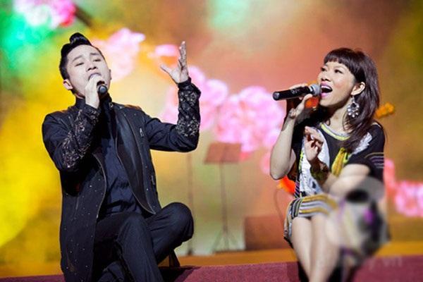Tùng Dương- Hà Trần từng giận nhau vì hiểu nhầm trong một đêm diễn chung.