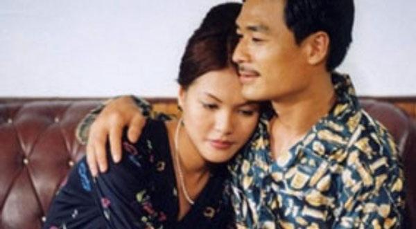 Vẻ đẹp và diễn xuất rất ngọt của Hoàng Xuân trong vai Mary Nhung để lại ấn tượng mạnh cho khán giả.