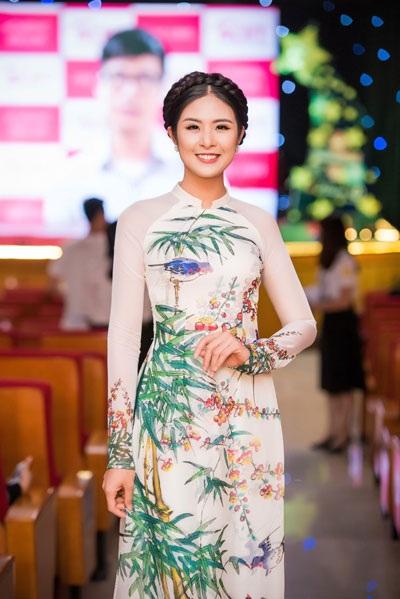Tố Như khoe sắc bên hoa hậu Ngọc Hân - 2