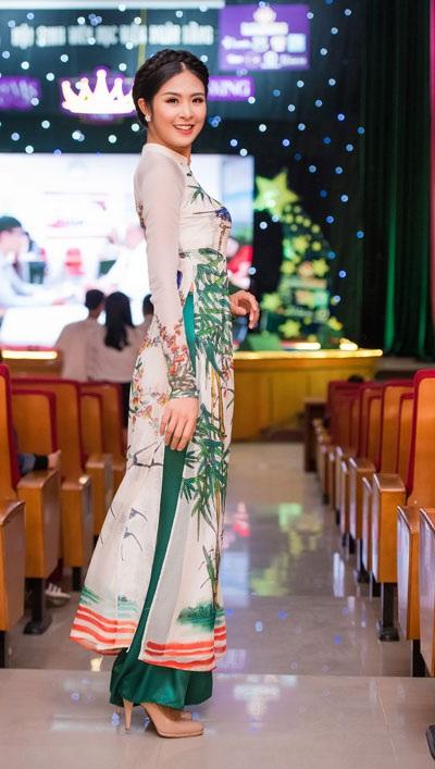 Tố Như khoe sắc bên hoa hậu Ngọc Hân - 3