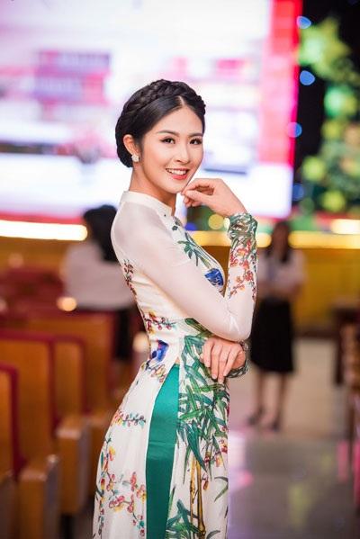 Tố Như khoe sắc bên hoa hậu Ngọc Hân - 4