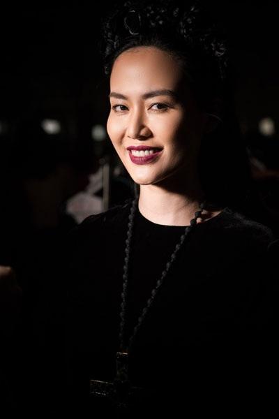 Thu Thủy được đánh giá là Hoa hậu thông minh, cá tính.