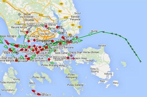 Lộ trình tàu Rolldock Storm vào eo biển Singapore.