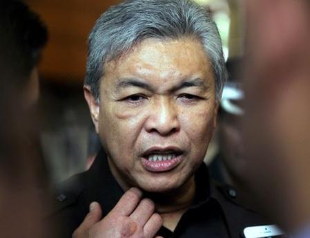 Bộ trưởng bộ Nội vụ Malaysia Ahmad Hamidi tuyên bố đã lên danh sách những kẻ tấn công CĐV Việt Nam