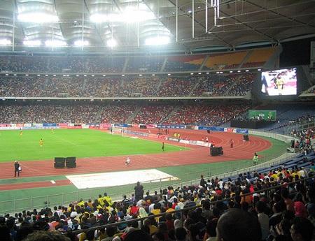Vé xem chung kết AFF Cup ở các nước vẫn rẻ hơn ở Hà Nội