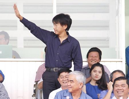 HLV Miura hiện đang rất được lòng người hâm mộ