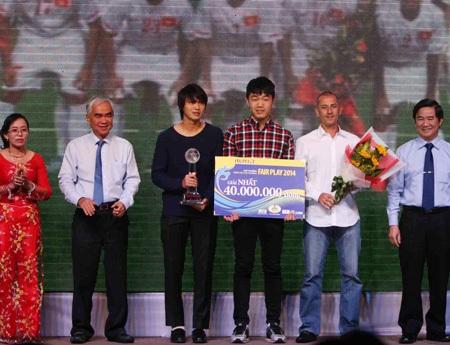 Đội tuyển U19 Việt Nam đoạt giải fair-play 2014