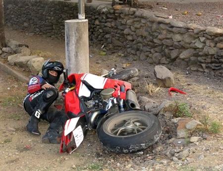 Vụ tai nạn mô tô sáng 1/3 tại Định Quán (Đồng Nai) khiến anh Lìn Mã Sáng tử vong (ảnh: Dư Hải)