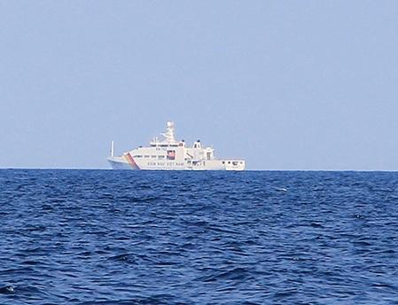 Tàu Kiểm ngư (ảnh: Trọng Vũ)