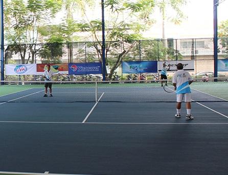 Giải quần vợt FV mở rộng 2015 diễn ra sôi nổi