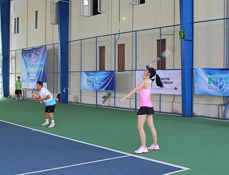 Đây là giải đấu mà các tay vợt nữ có thể đứng chung cặp với các tay vợt nam