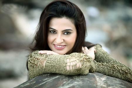 Diễn viên Smita Bansal