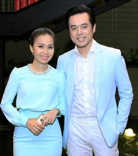 Xuất hiện trong buổi ra mắt chương trình sáng nay, Dương Khắc Linh và Cẩm Ly khá thân thiết, c