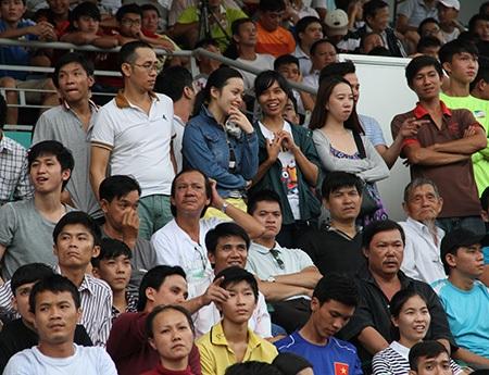 Khuấy động không khí của bóng đá trẻ Việt Nam
