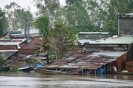 Nước lũ dâng cao gây ngập lụt tại TP Tam Kỳ, Quảng Nam (ảnh: Công Bính)